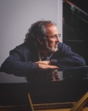 Bob James @ his home, Dobbs Ferry NY, 1996.